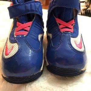 Little girl 3 color Nike sneakers like new